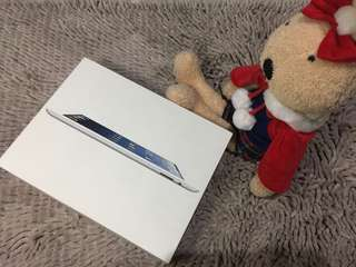 iPad 4th Generation Cellular + WiFi 16GB White
