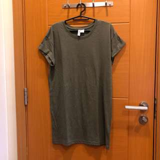 H&M olive green shirt with folded sleeves