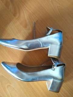Zara silver shoes (nett price)
