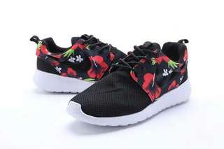 Nike Roshe Liberty Floral