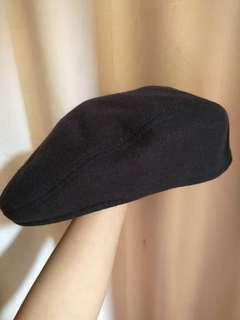 Canda Black Flat Cap