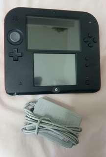 Nintendo Gameboy 2DS + Games