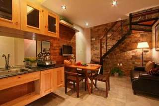 For sale hulugan (townhouse)