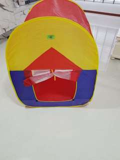 💙SALES💙 Kids Play Tent with around 100 balls