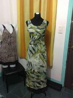 Printed Maxi Dress (Medium-Large frame)