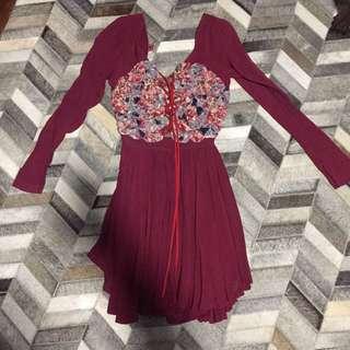 My Sunday Feeling Pretty Lace Up Dress
