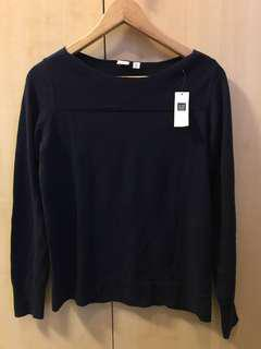 Bnew Authentic Gap sweater