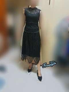暗黑系鬆緊帶蕾絲長裙♡正反都可以穿搭寬版鬆緊帶睫毛蕾絲長裙百摺裙正反兩穿拼接蕾絲螺紋針織裙蕾絲百褶中長裙高腰黑色半身裙
