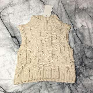 cream knitted crop