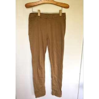 所有商品皆可議價‼️ Uniqlo  復古卡其窄管修身長褲