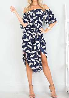 NEW off the shoulder leaf print dress, Sz 6-8