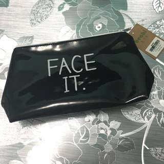 """Beabi """"Face It"""" Vanity Case / Make Up Pouch"""
