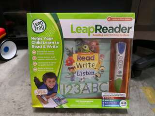Leap Reader Pen & Book