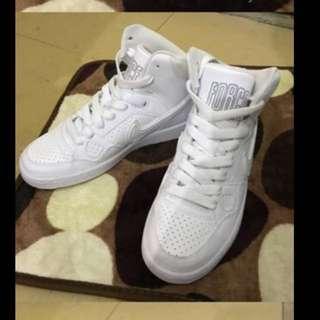 Nike force 全白