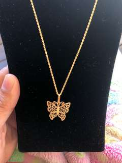 18carat solid gold butterfly necklace