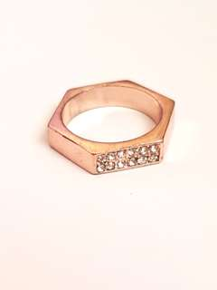 🆕️Hexagonal Rose Gold Ring with Gems