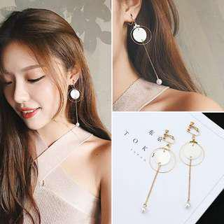 Clip on No.61 in gold