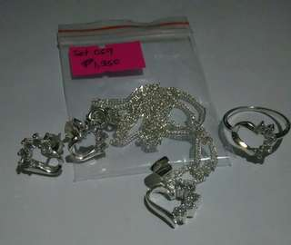 Silver Set Heart Jewelries