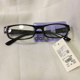 Claire's Eyeglass