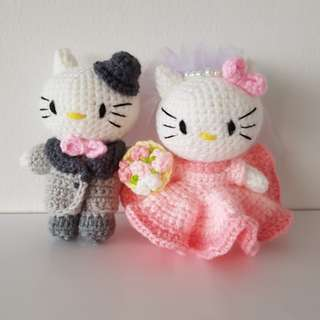 Crochet wedding couple hello kitty