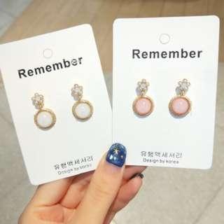 💌-小巧 清透 琉璃 果凍色 小花 耳環  🍬韓國製🍬