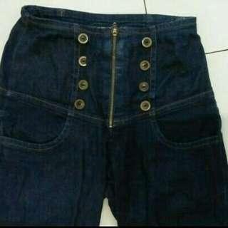 High waist jeans size 28