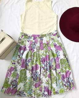 Floral Plus size skirt