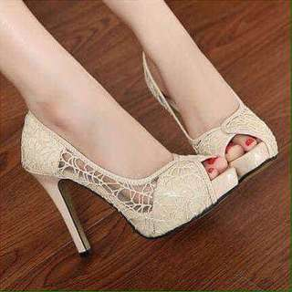 LACE HIGH HEELS