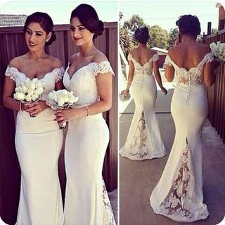 White Lacey Wedding Gown/Dress