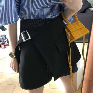 VM 2018夏裝新款 黑色不規則條紋接拼 OL休閒高腰顯瘦 百搭褲裙