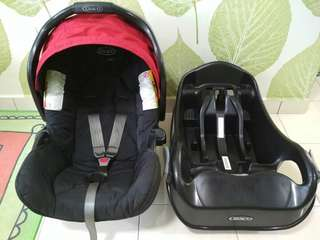 Imported Graco branded Baby Car Seat + solid base