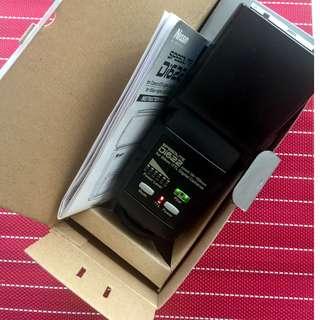 Buy Nikon D7000 free D3000.