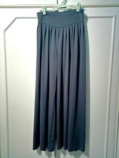 Apartment 8 Gray Culottes