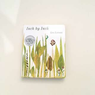 Inch by Inch Board Book by Leo Lionni