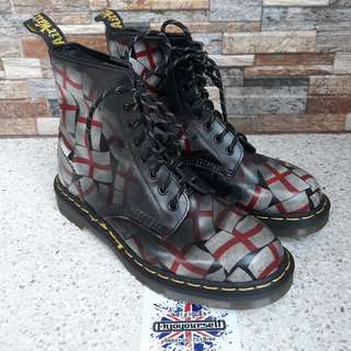 Dr Martens 1460 St Georges Flag 8uk Made in England Like New
