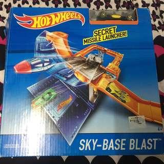 Hotwheels Secret Missile Launcher
