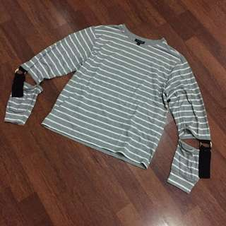 Topshop Gray Striped Long Sleeves Top