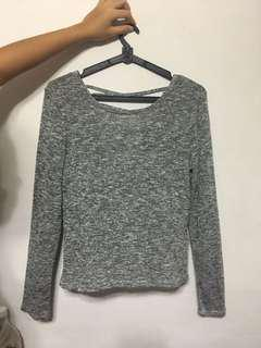 CRISS CROSS GREY TOP