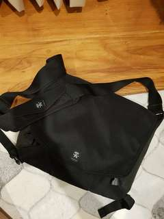 Authentic Crumpler Moderate Embarrassment Laptop Messenger bag (11in x 15in)