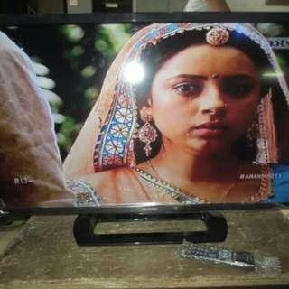 TV Sharp Aquos LED 32 Inch Model Manis (Gratis Antar)