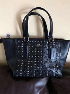 🈹️ Coach leather bag 側揹 斜揹袋 深藍色