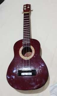 Gitar kecil untuk anak2 (3 senar)