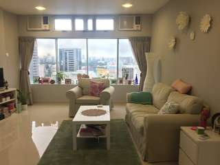 Spacious 1BDR apartment right in the city