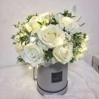 Fresh Flowers Box Roses With LED Light