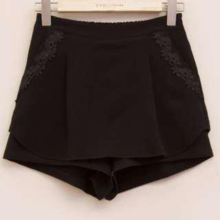 蕾絲裝飾口袋腰鬆緊短褲–僅下過水