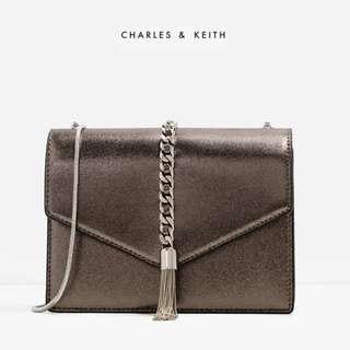 Bnwt Authentic Charles & Keith Tassel Detail Envelope Clutch Chain Bag
