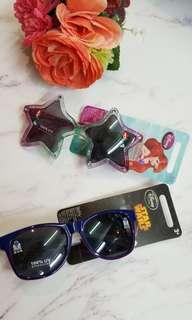 超型超可愛🕶小童太陽眼鏡  $ 38  共兩款:  -美人魚 -STAR WARS  適合3-8歲小朋友~