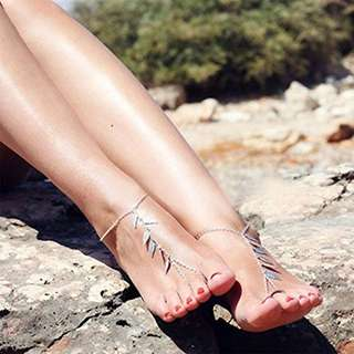 Leave Foot Tassel