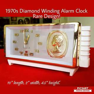 1970s Diamond Winding Alarm Clock. Good Condition and Beautiful Dial. The Hour & Minute Hand has Luminous Paint for use at night. Large, not small. Good Condition. $68, sms 96337309.