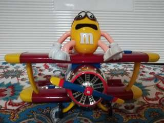 M&M Chocolate Dispenser (Plane)
